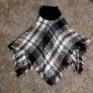 Black and White Express shawl